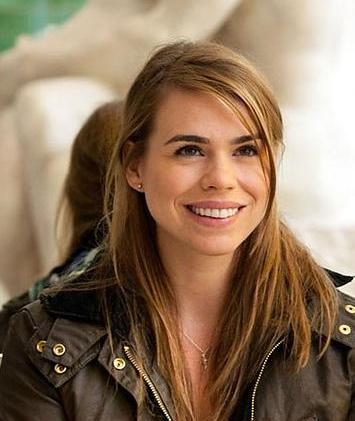 Billie-Piper-doctor-who-33478876-355-421.jpg