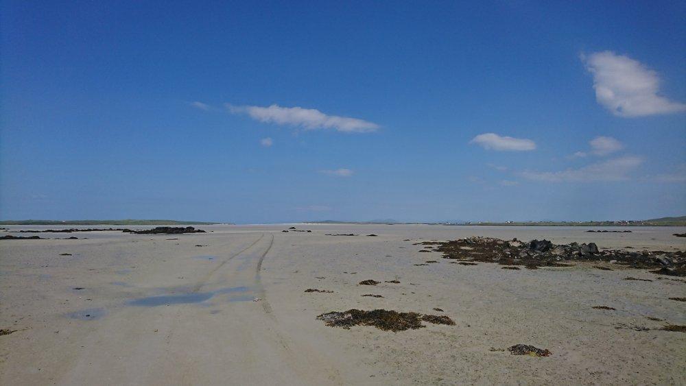 Beach.thumb.jpg.68373396fdddcfcc98dce48c2900374b.jpg