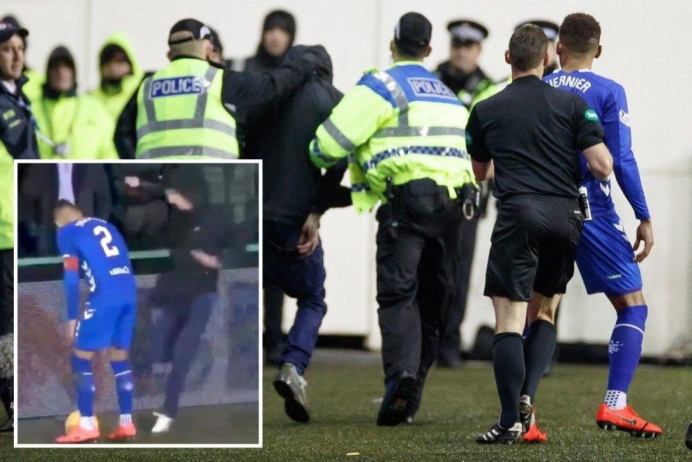 Scottish-football-in-gutter-again-as-Hibs-fan-involved-in.thumb.jpg.f22a64227989450732d37e11305507da.jpg