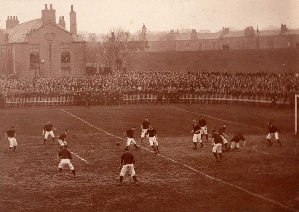 0_1896-Scottish-Cup-Final-Hearts-v-Hibs-at-Logie-Greenjpeg.jpg