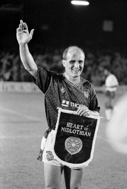 Hearts v Manchester United, 1989.jpg