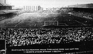 Tynecastle_Park_Very_Older.jpg.80d4be018f294007662cace3a7f21082.jpg